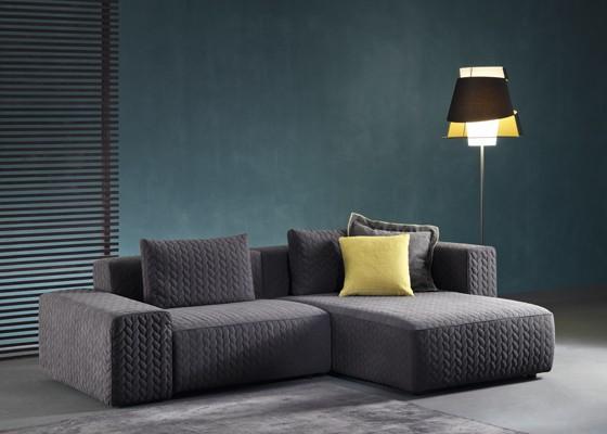 Модерна мека мебел - диван Moore