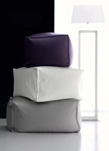 Пуфът е перфектното допълнение за меката мебел